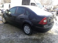 Dezmembram Ford Focus sedan 1.6 benzina fabricatie 2007