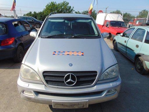 Dezmembram Mercedes-Benz M-Class W164 , 2.7CDI , tip motor 612963 30 , fabricatie 2002