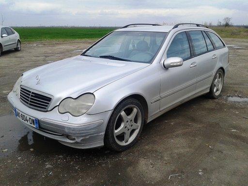 Dezmembram Mercedes C-Class - W203 - break - 2003 - 2.7cdi