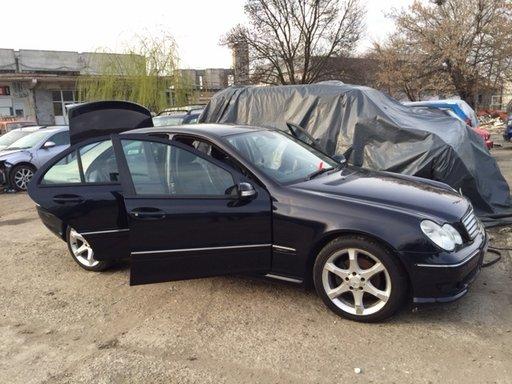 Dezmembram Mercedes C220 motor 2.2 diesel, cutie automata, an 2006, model facelift