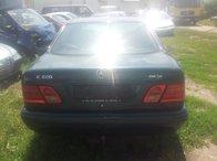 Dezmembram Mercedes E-Class W210 1996, 2.2 diesel 70kw