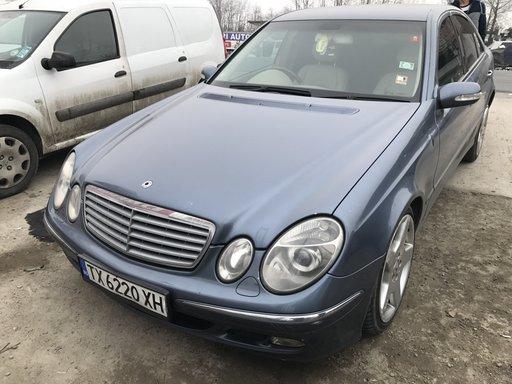 Dezmembram Mercedes E270 an 2004 motor 2,7 diesel cutie Automata