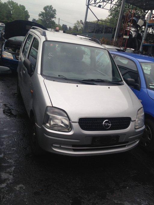 Dezmembram Opel Agila 2001