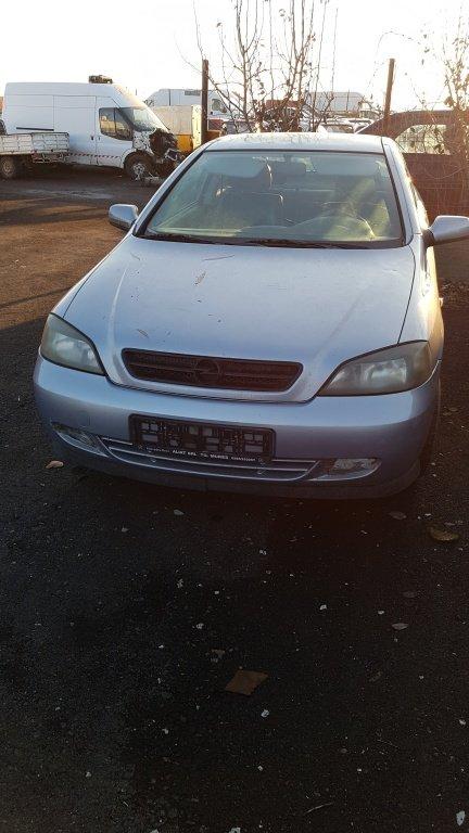 Dezmembram Opel Astra G bertone
