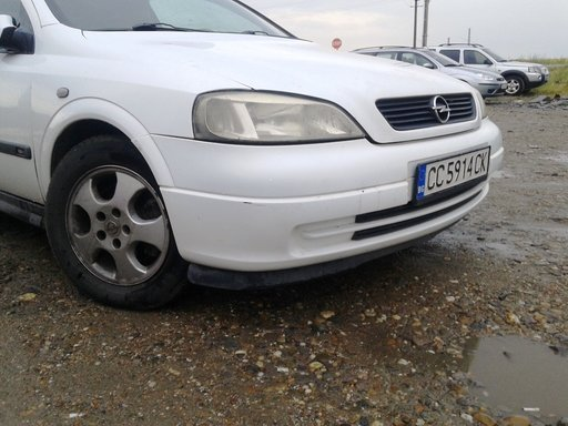 Dezmembram Opel Astra G - Coupe - 1.8i - 2000