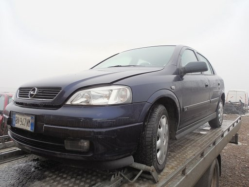 Dezmembram Opel Astra G Hatchback Motor 1.6benzina