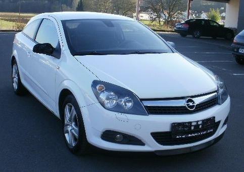 Dezmembram Opel Astra GTC