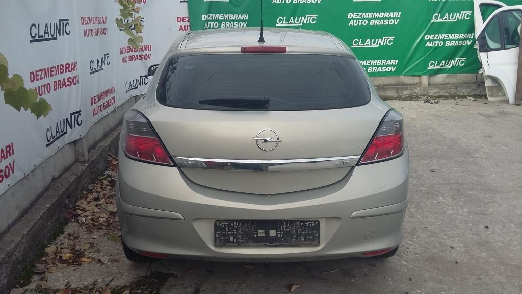Dezmembram Opel Astra H GTC 1.7 CDTI Z17DTH