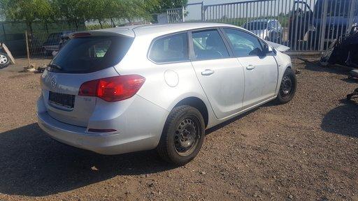 Dezmembram Opel Astra J - break - 2010 - 1.7diesel