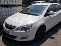 Dezmembram Opel Astra J