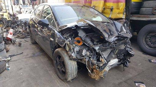 Dezmembram Opel Astra K an 2015 avariat frontal