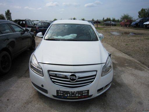 Dezmembram Opel Insignia 2.0 CDTI A20DT an 2008 - 2014