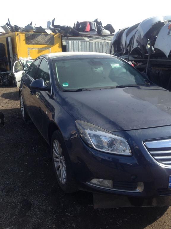 Dezmembram Opel Insignia 2011