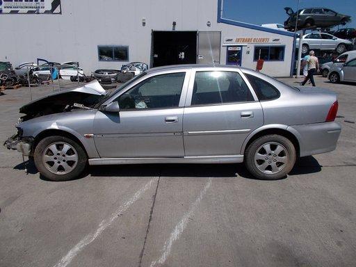 Dezmembram Opel Vectra B din 2000, motor 1.6i