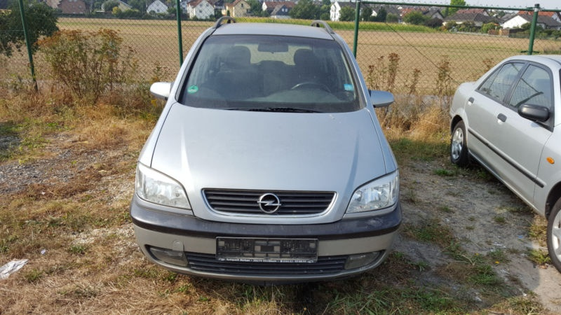 Dezmembram Opel Zafira A 1999-2005