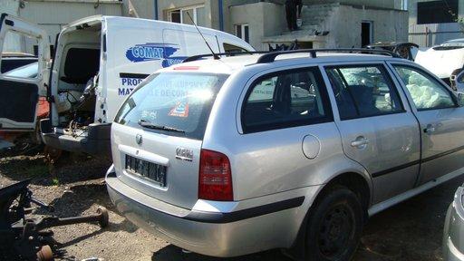 Dezmembram Skoda Octavia Tour Combi an 2005 motor 1.9TDI cod ALH