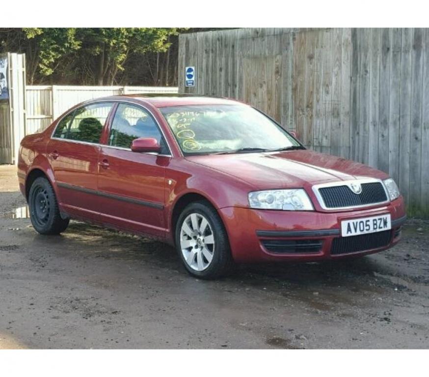 Dezmembram Skoda Superb 2005 1.9 Diesel.