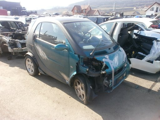 Dezmembram Smart Coupe, 2001, 600 benzina
