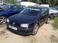 Dezmembram Volkswagen Golf 1.6 benina 2003