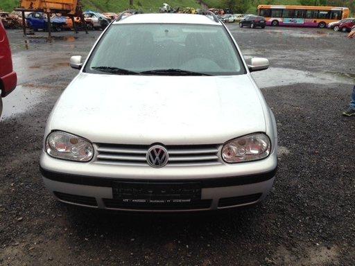 Dezmembram Volkswagen Golf 4 1.4 benzina 2003