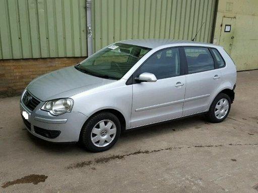 Dezmembram Volkswagen Polo S75 1.4 benzina 2006