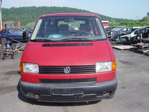 Dezmembram Volkswagen T4 2.5 D 1999