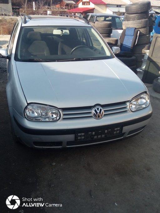 Dezmembram VW Golf 4 an fab 2003 motor 1.4 16 v benzina cod motor APE