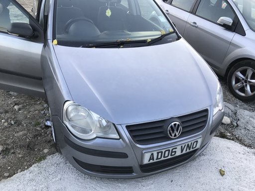 Dezmembram VW Polo 2006 1,2 benzina cod BMD
