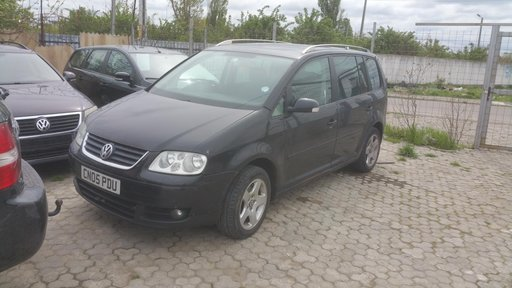 Dezmembram VW Touran 2.0 TDI an 2005