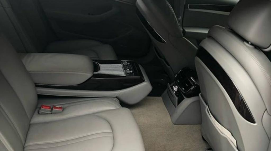 Dezmembrari Audi A8 4H 2012 3.0 TDI cod motor CDT cod culoare LY7G