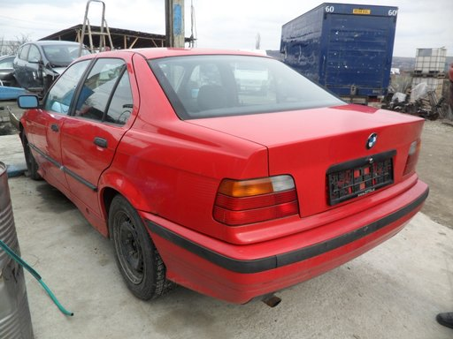 Dezmembrari BMW 316i E36