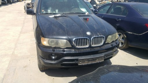 Dezmembrari BMW X5 E53 4.4i automat 2002