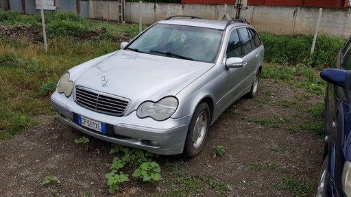 Dezmembrari/Dezmembrez Mercedes C220 CDi 2.2 diesel W203