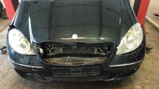 Dezmembrari Dezmembrez piese auto Mercedes A-class w169 A180 CDI 179.000 km automat piele crem