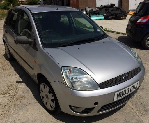 Dezmembrari Ford Fiesta 1.3 benzina 2003