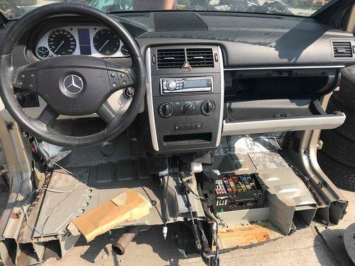 Dezmembrari Mercedes B 170 w245 2006