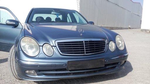 Dezmembrari Mercedes Benz E CLASS W211 AVANTGARDE 2004