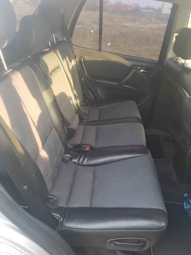 Dezmembrari Mercedes Benz ML270 automat W163 an 2003 motor 2.7