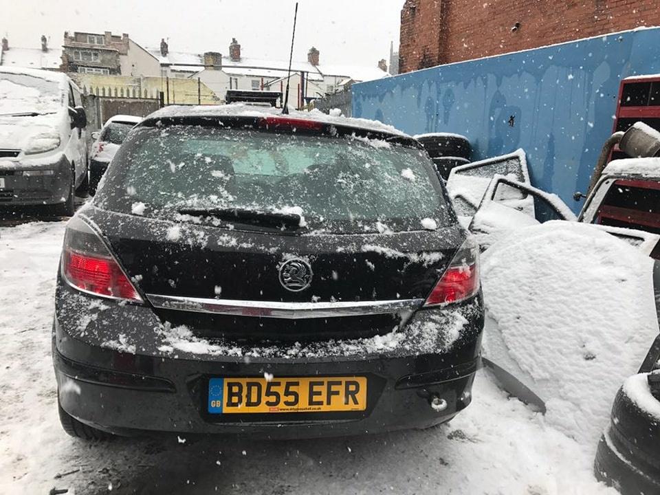 Dezmembrari Opel Astra H 1.6 benzina
