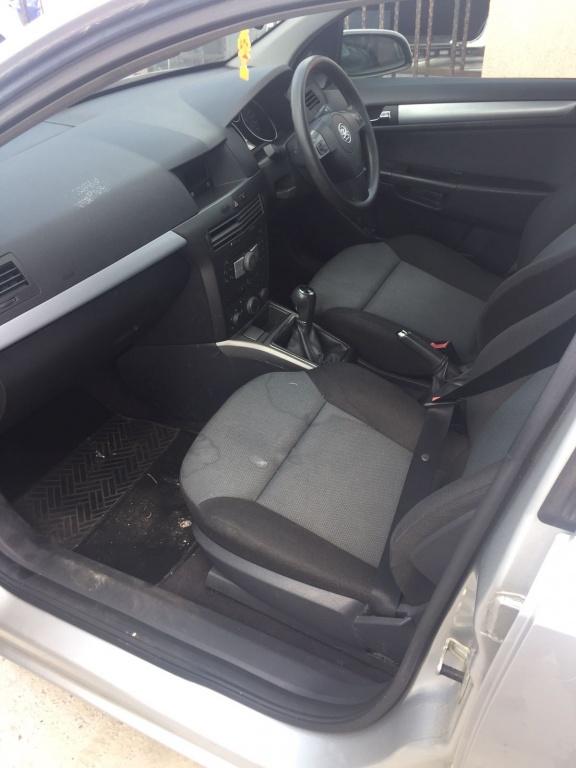 Dezmembrari Opel Astra H 1.7 80CP - Z17DTL 1.6 benzina