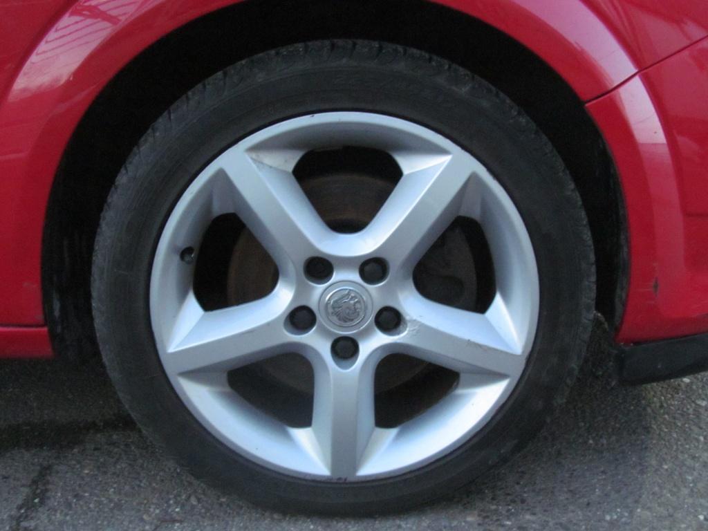 Dezmembrari Opel Astra H GTC 1.9CDTI