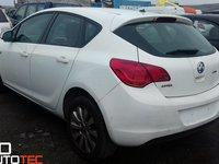 Dezmembrari Opel Astra J