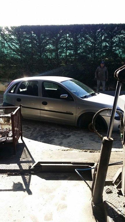 Dezmembrari Opel Corsa C 1.2 2003