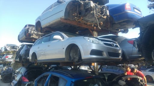 Dezmembrari Opel Vectra C GTS 1.9 CDTI 150 cp facelift 2007
