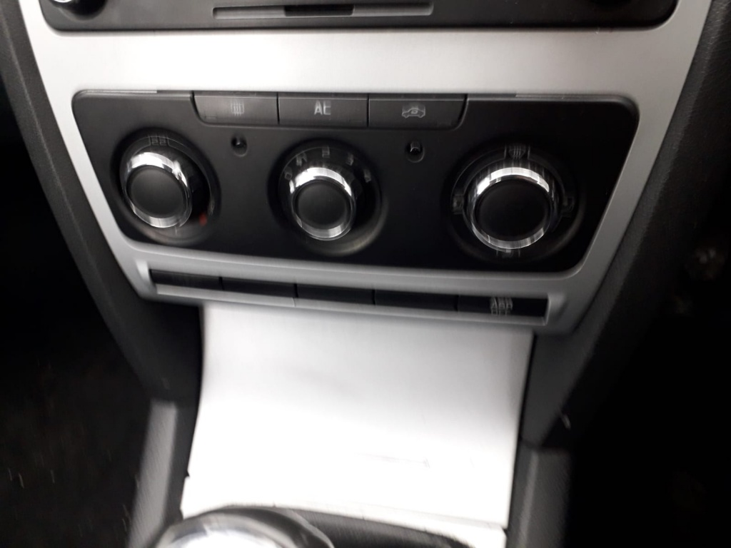 Dezmembrari Skoda Octavia 2 facelift combi, 2009, 1.9tdi BXE, culoare 9153 gri antracit