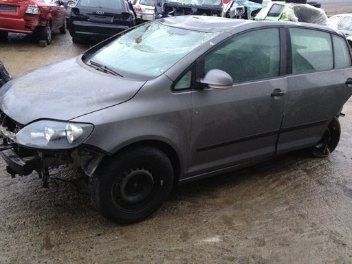 Dezmembrari VW Golf 5 plus 1.6 fsi din 2006