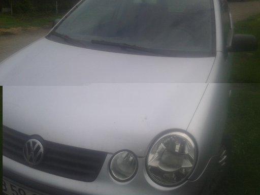 Dezmembrari VW POLO 9N 2004 1.2 motor azq