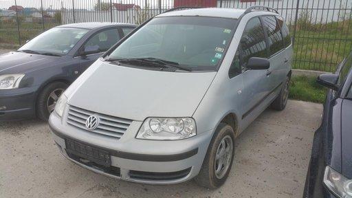 Dezmembrari VW Sharan 1.9TDI TDi an 2002