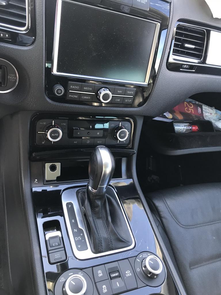 Dezmembrari VW Touareg 7P an 2013 3.0TDI cod motor CRCA 245cp