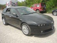 Dezmembrez Alfa Romeo 159, 2.4jtdm, 197cp, an 2006, combi